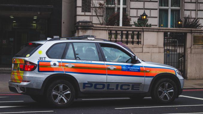 Vad skiljer väktare och poliser?